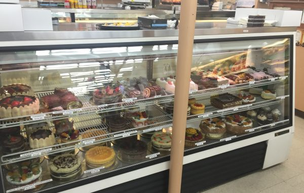 CHEESECAKES, ASSORTED SLICED CAKES, TIRI